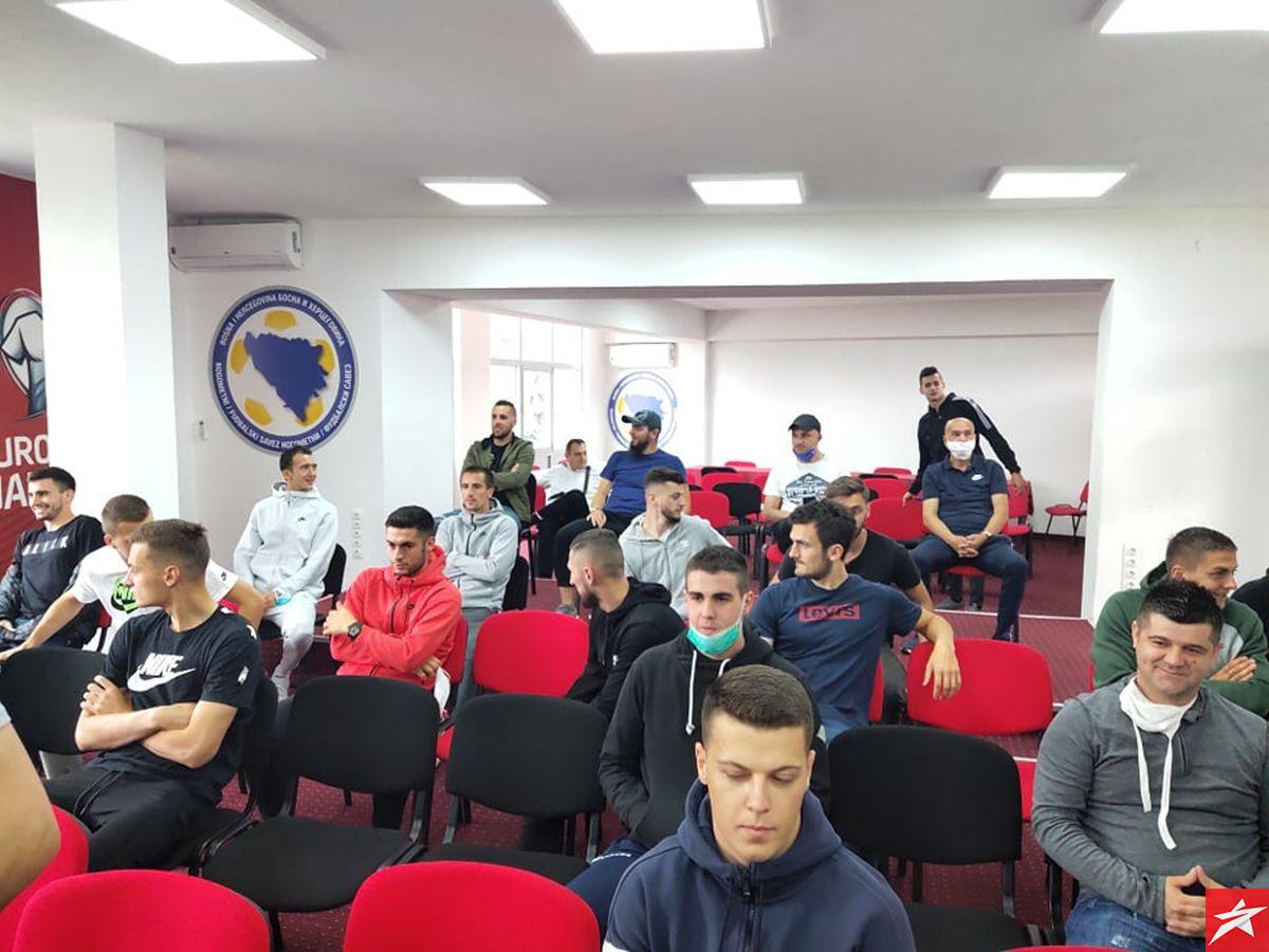 Nogometaši Čelika testirani na Covid-19, u utorak počinju s treninzima