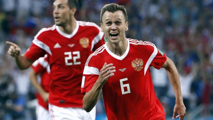 Valencia otkupila reprezentativca Rusije