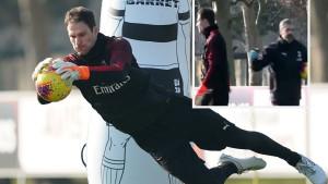 Begovićev prvi trening u Milanu: Trener golmana mu čestitao, nagrada u nedjelju