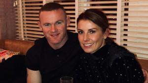 """Rooney snimljen kako vodi brinetu u hotel, supruga poludjela: """"Zar si toliko glup?"""""""