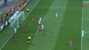 Detalj za proučavanje: Teško je objasniti kako ovo nije bio gol za Lazio