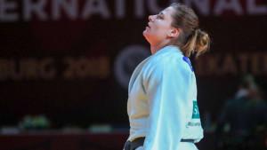 Larisa Cerić osvojila bronzu na Grand Prixu u Den Hagu