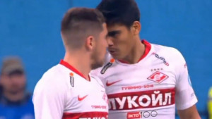 Nestvarna scena: Igrač Spartaka glavom na saigrača