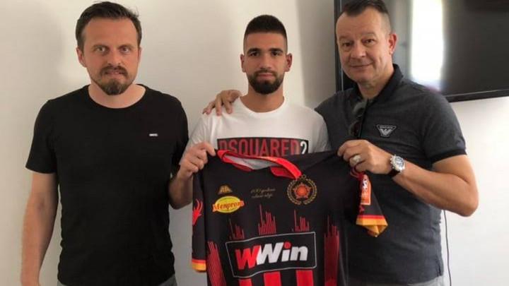 Adnan Osmanović potpisao za FK Sloboda