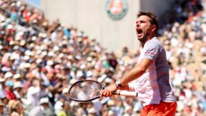Wawrinka u uzbudljivom meču savladao Tsitsipasa i zakazao meč s Rogerom Federerom