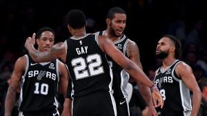 Mnogi su bili iznenađeni kada su vidjeli ko sjedi na klupi San Antonio Spursa