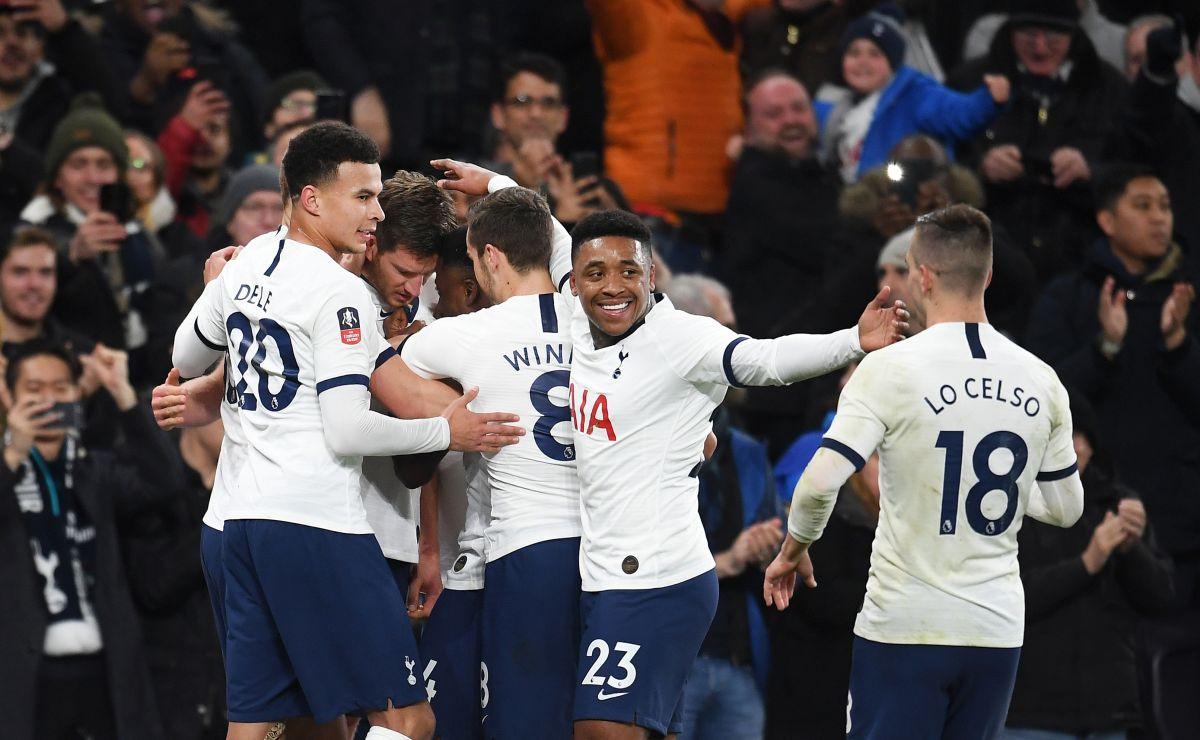 Pojavili se novi dresovi Tottenhama, navijači ogorčeni zbog domaće garniture