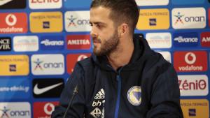 """Pjanić se emotivnom porukom oprašta od Juventusa: """"Diši Mire..."""""""