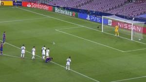 Dva penala na Camp Nou, jedan vratio Napoli u igru