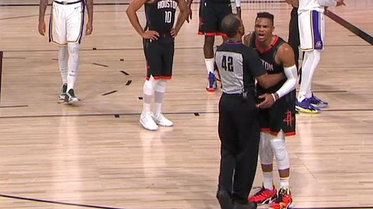 Westbrook se nakon provokacija zaletio na brata zvijezde LA Lakersa