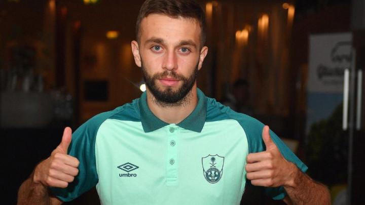 Sarić se priključio Al-Ahliju i poslao poruku navijačima