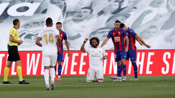 Real s tri lijepa gola srušio Eibar i zadržao korak za Barcelonom