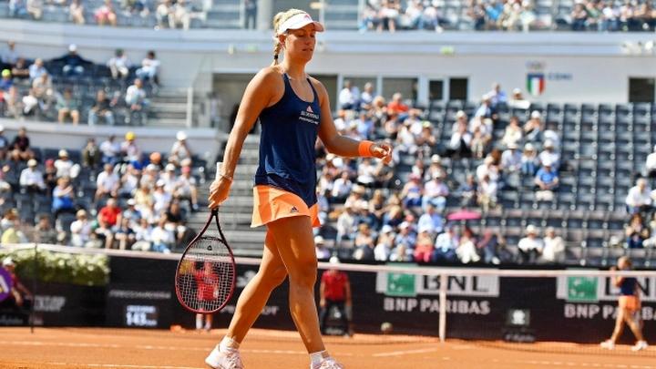 Prva teniserka svijeta neočekivano poražena od Estonke