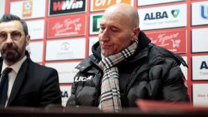 Ornek: Nije mi bitno šta Salčinović priča, on nije želio da vidi NK Čelik u Evropi
