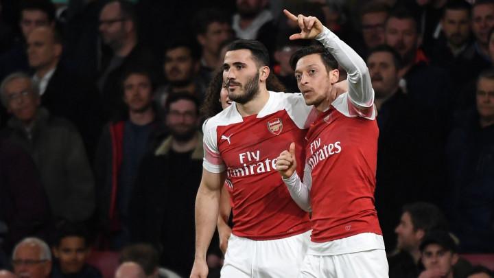 Petarda Arsenala protiv Bournemoutha, Kolašinac upisao još jednu asistenciju