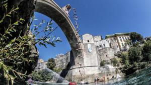 Tri godine Red Bull Cliff Divinga u Mostaru: Najbolji trenuci