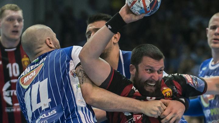 """Šta kažu kladionice: Može li klub koji se """"raspada"""" do finala Lige prvaka?"""