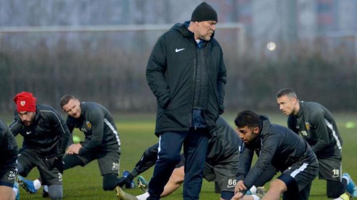 Prosinečki se loše proveo u Istanbulu, Mešanović postigao gol za utjehu