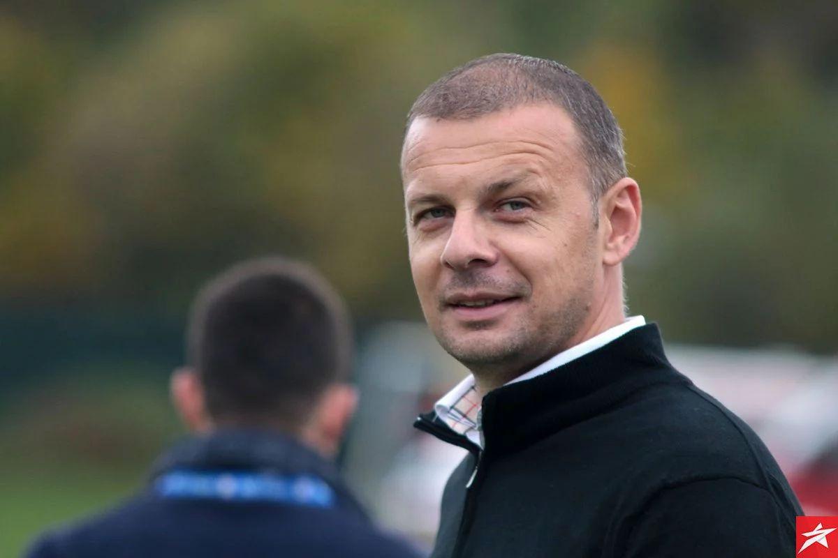 Nogometaši, treneri i čelnici NK GOŠK održali sastanak