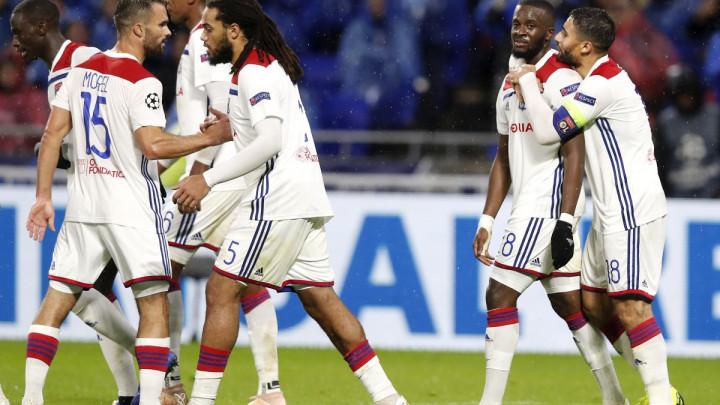 Zaboravite tuču u Bayernu jer u Lyonu vlada pravi cirkus