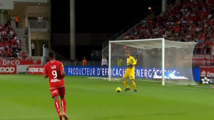 Nestvarne greške golmana odlučile putnika u Ligue 1
