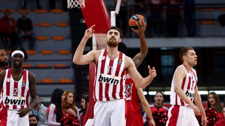 Olympiacos  deklasirao Darussafaku