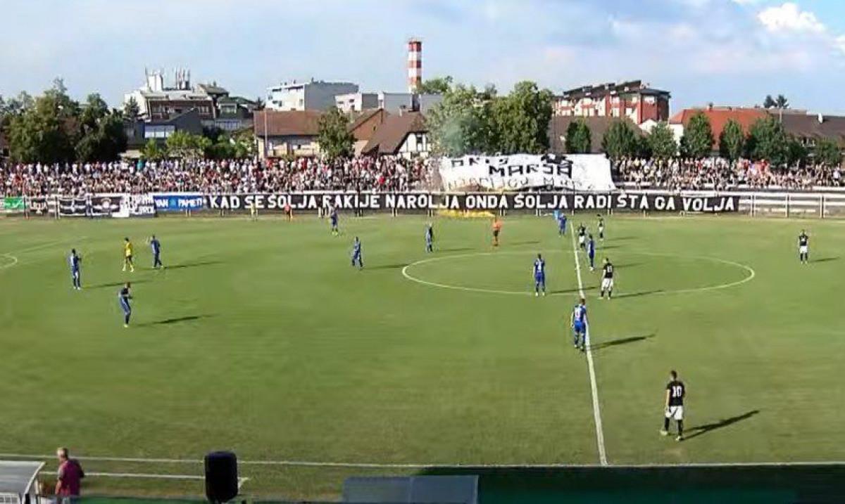 Nema nikakvog straha: Pune tribine navijača u Slavonskom Brodu