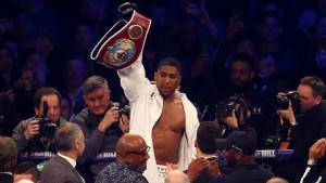 Glasine se šire: Joshua odabrao novog rivala?