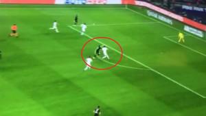 """Velika kontroverza kod penala za PSG: """"Nevjerovatno je šta se dogodilo"""""""