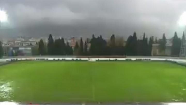 Hoće li utakmica biti igrana? Ovako trenutno izgleda stadion Pod Bijelim brijegom