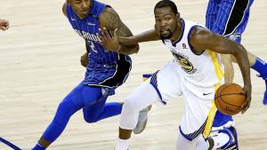 NBA ukinula tehničke greške  Durantu i Greenu