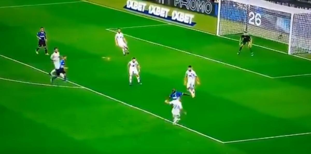 Lukakuov prvi dodir s loptom u dresu Intera zabrinuo navijače