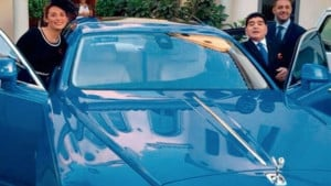 Prodaje se luksuzni automobil koji je pripadao Diegu Maradoni