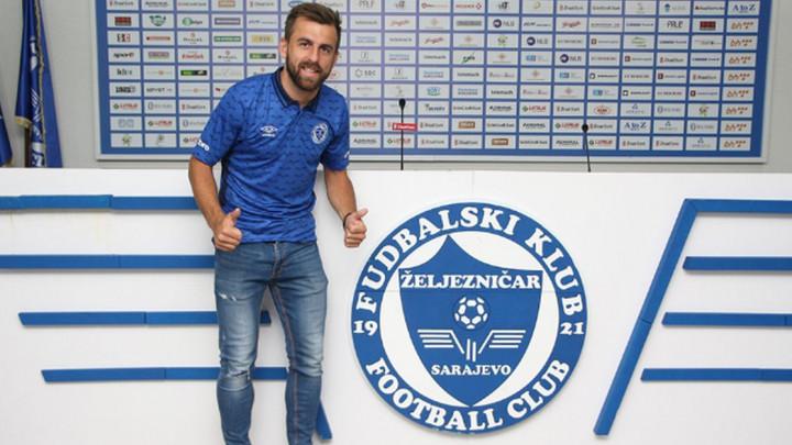 Veselinović potpisao dvogodišnji ugovor sa Željezničarom