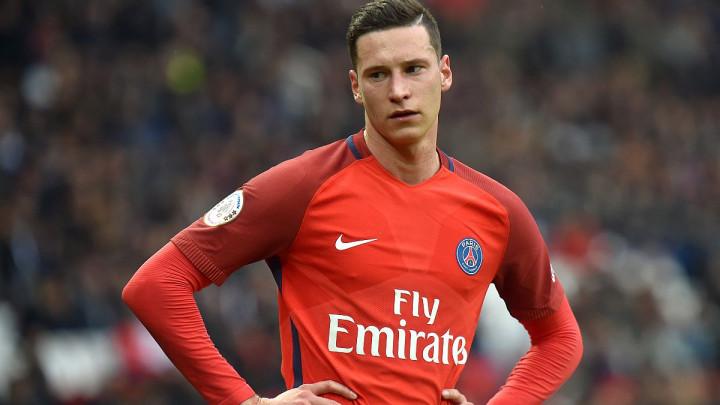 Parižani odlučili, Nijemac je na prodaju!