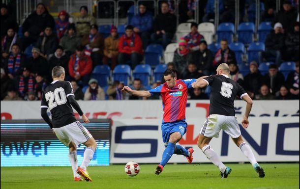 Mahmutović promašio penal i bivšem klubu donio polufinale