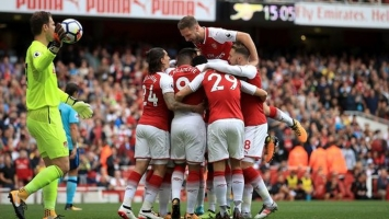 Zanimljiva fotografija navijača Arsenala