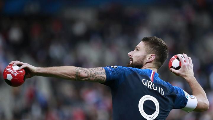 Giroud karijeru nastavlja u Bundesligi?