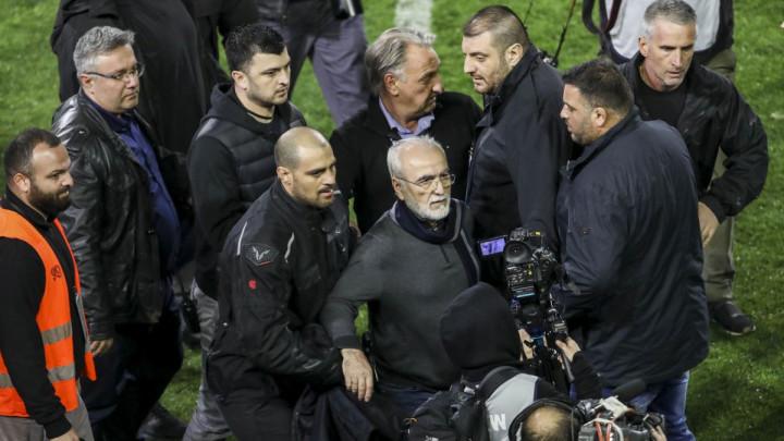 Nije sila Grčkom savezu mila: PAOK i predsjednik revolveraš dobili žestoku kaznu!