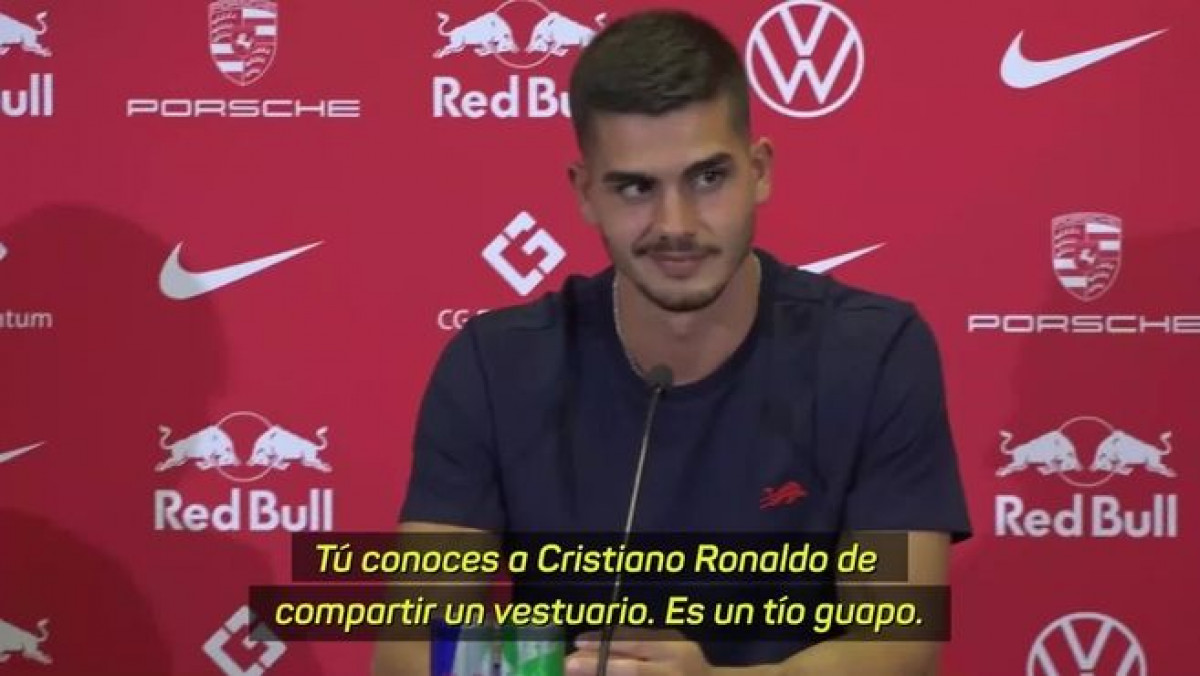 """Novinar šokirao Portugalca bizarnim pitanjem: """"Da li Ronaldo miriše dobro kao što izgleda?"""""""
