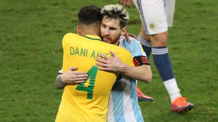 Dani Alves po prvi put u životu kritikovao Lionela Messija