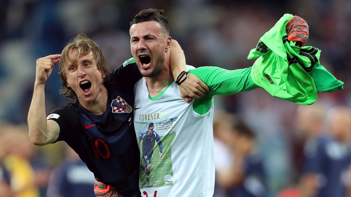 FIFA upozorila Subašića zbog majice sa likom Hrvoja Ćustića