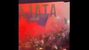 Vatren doček za igrače Atalante u 3 ujutro!