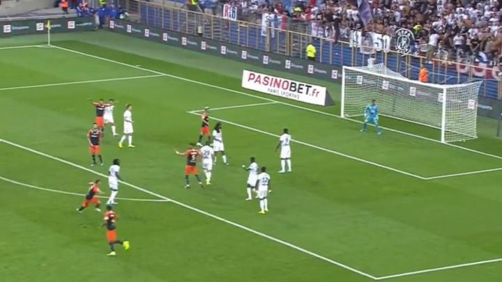 Komentator, golman Lyona... Svi su u šoku nakon projektila Montpellierovog igrača