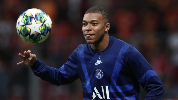 Deschamps vratio Mbappea nazad u PSG
