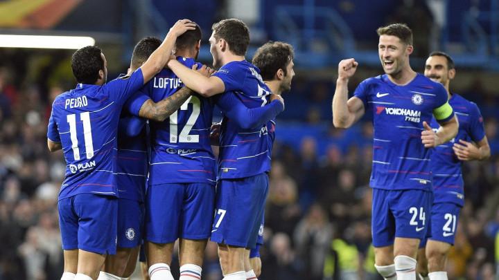 Ludo prvo poluvrijeme na Stamford Bridgeu, vile pronosale Chelsea u finišu meča