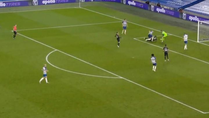 Sterling zabio gol, ali nije mogao da se ne smije zbog načina na koji je to uradio