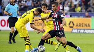 Frankfurt u posljednjim minutama stigao do boda protiv Dortmunda