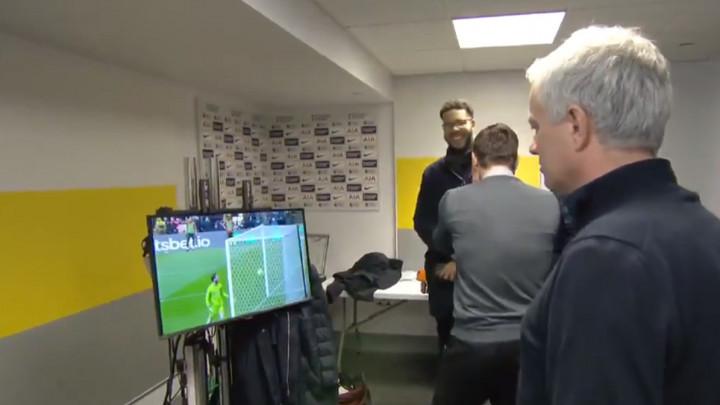 Neville i Mourinho zatečeni: U čudu su gledali prema TV-u