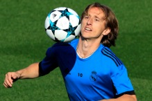 Luka Modrić spreman za derbi protiv Atletico Madrida